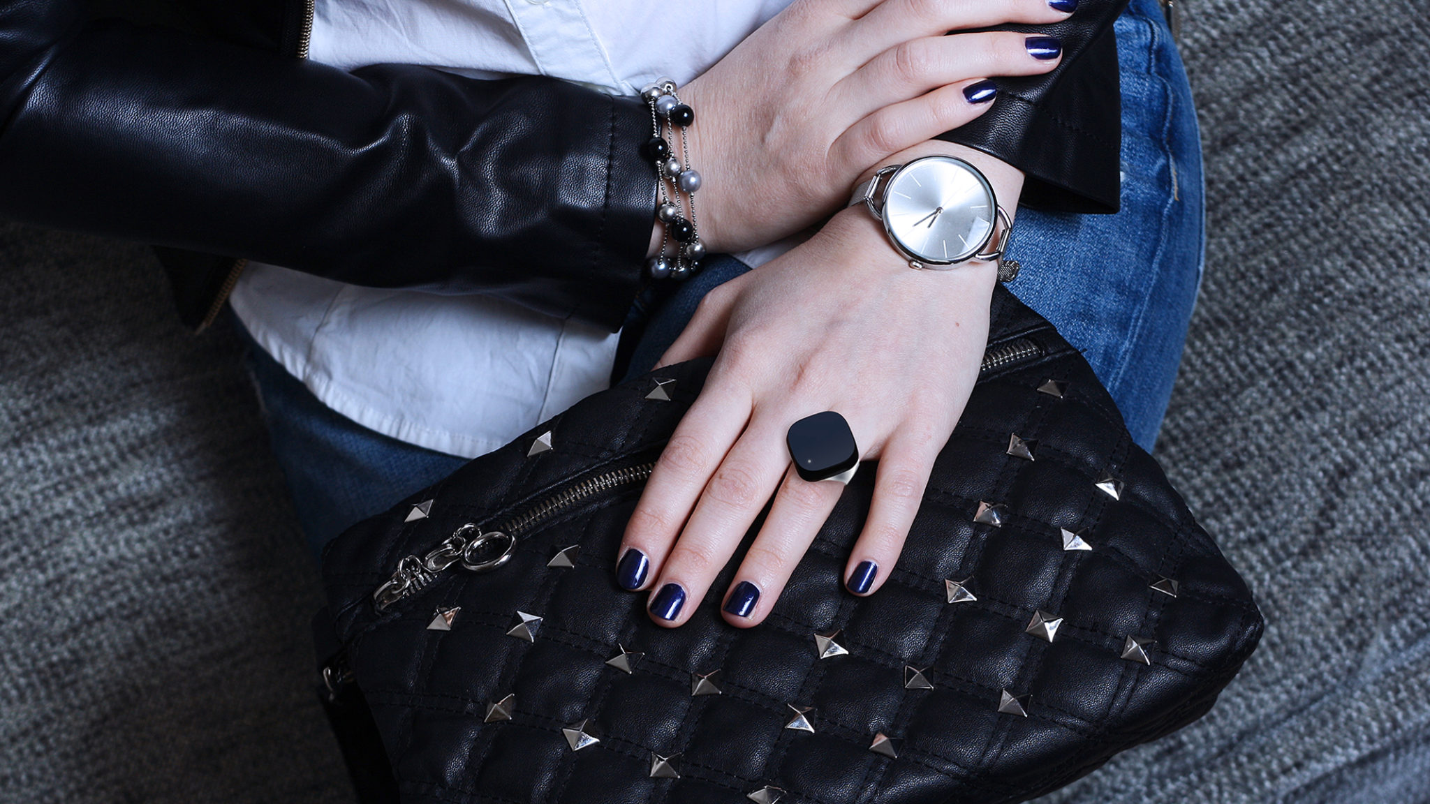 Woman Purse Neyya Ring