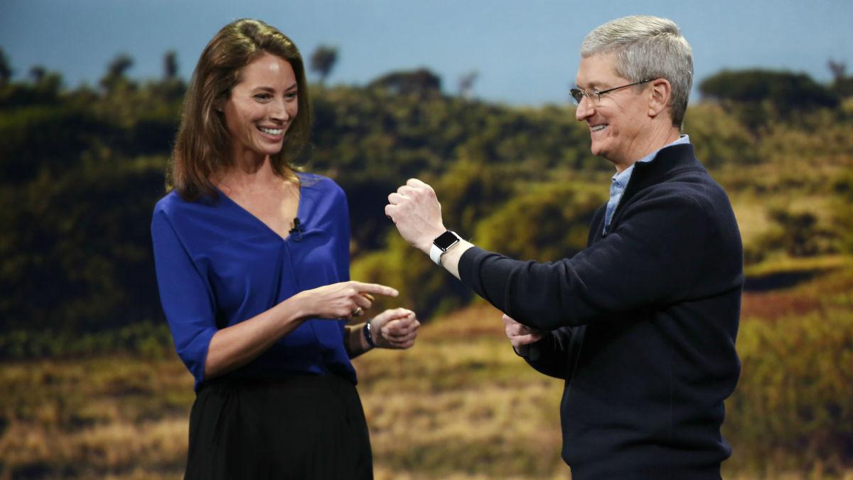 Chrissy Turlington x Apple Watch